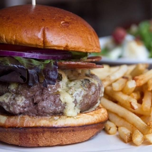 Fhburger - Farmhouse - Evanston, Evanston, IL