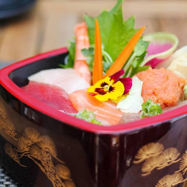 Srsm Lunch Chirashi Donburi Bowl - Sushi Roku - Santa Monica, Santa Monica, CA