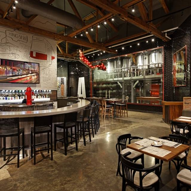 Amsterdam Brewhouse & Restaurant, Toronto, ON
