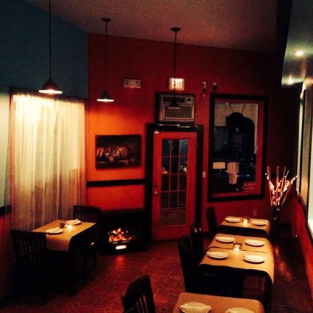 Lazy Leopard Thai Cafe New London Ct