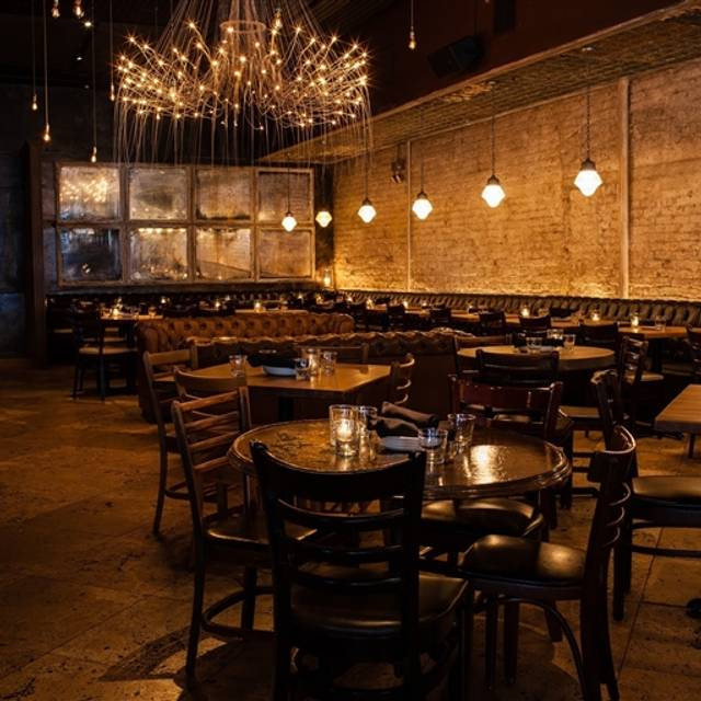 Gilt Bar, Chicago, IL