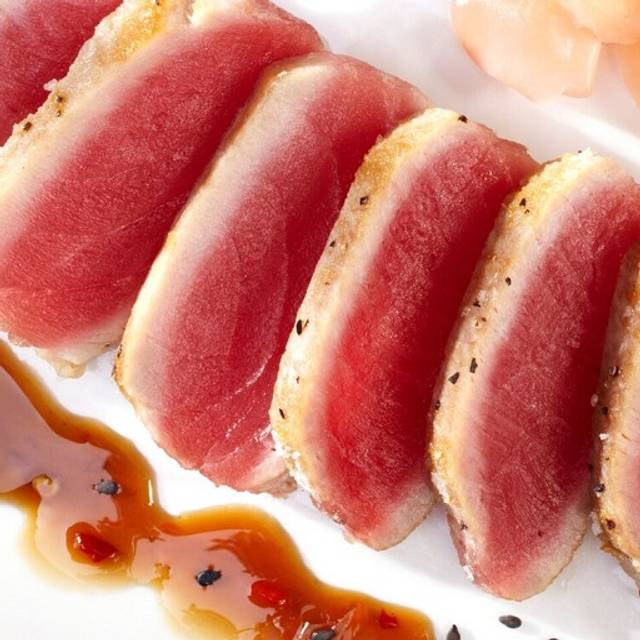 Seared Ahi Tuna - Shula's 2 Steak and Sports @ The Doubletree by Hilton (Independence), Independence, OH