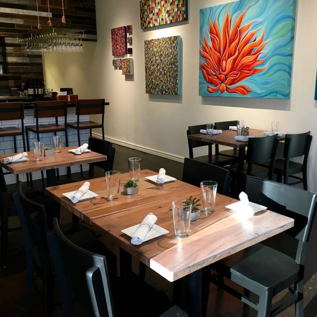 Craft open table for V kitchen restaurant