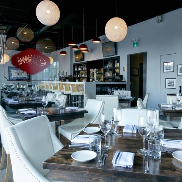 Fishbone Kitchen + Bar, Aurora, ON