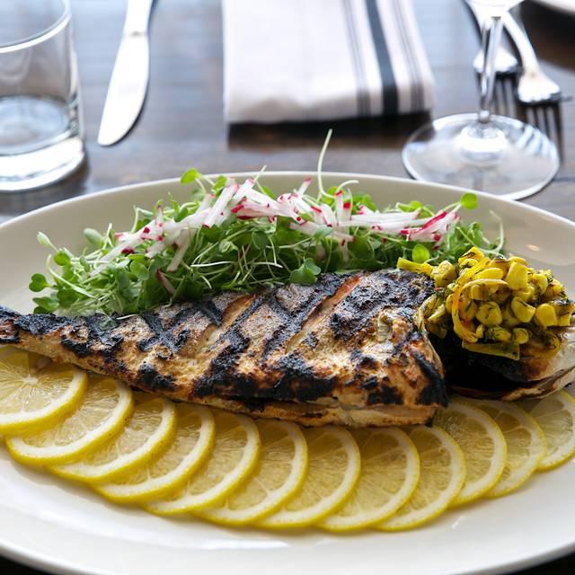 Fishbone Kitchen + Bar, Aurora, ON