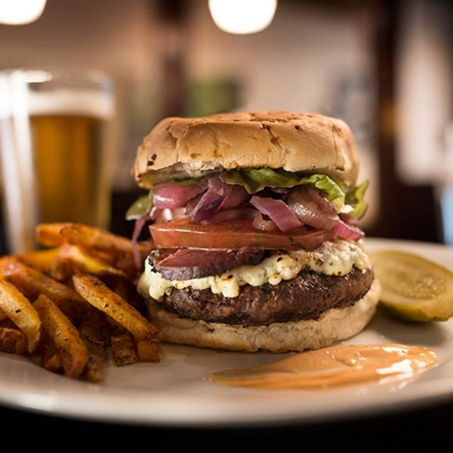 Burger - Tombo Grille, Columbia, SC