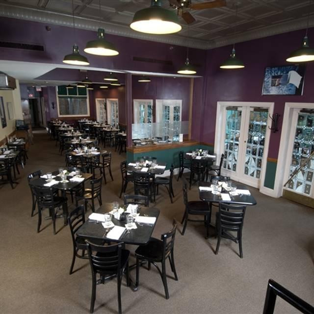 Bristol bar grille highlands restaurant louisville for Best private dining rooms bristol