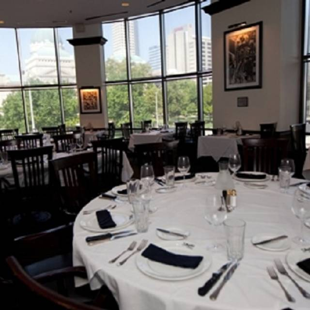 Dining Area - Shula's Steak House - Indianapolis, Indianapolis, IN