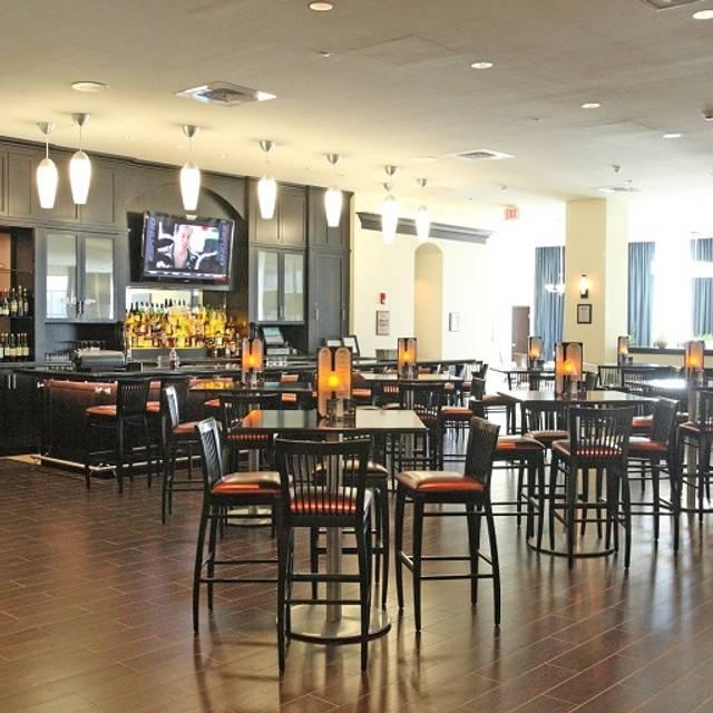 Dining Area Shula S Steak House Hilton Richmond Hotel Spa Va