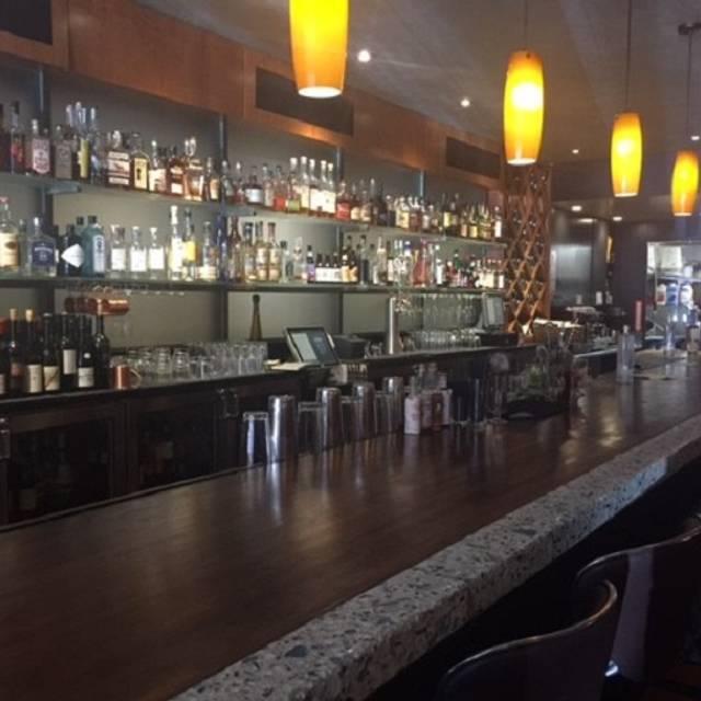 Bar - Bourbon & Beef, Oakland, CA
