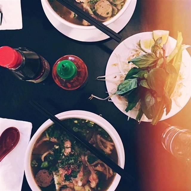 Cafe Hoang Chicago Argyle
