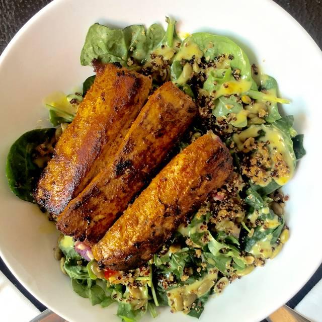 Spinach  Arugula Salad Fish - Tortilla Republic Grill & Margarita Bar, Koloa, HI