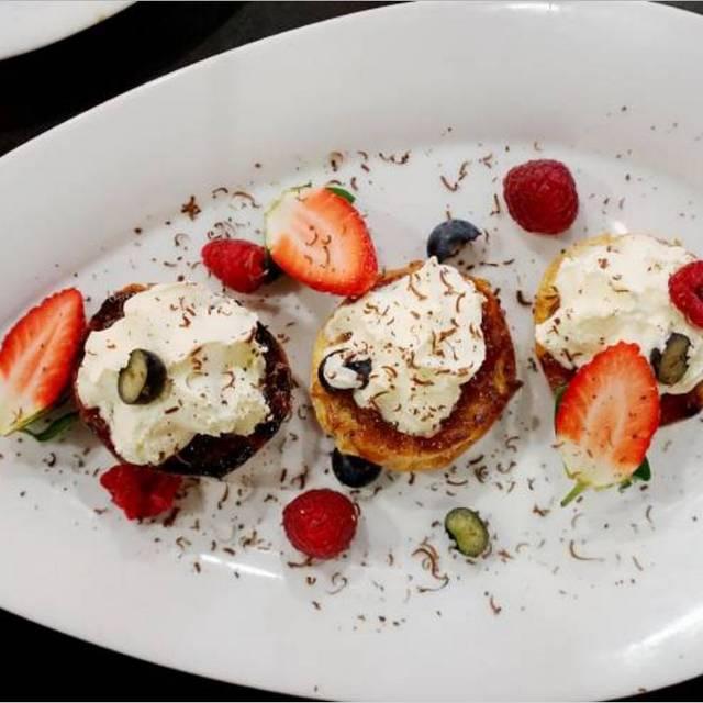 Dessert - Mitchell's Grill, Darwin, AU-NSW