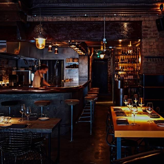 108 Garage Restaurant - London,