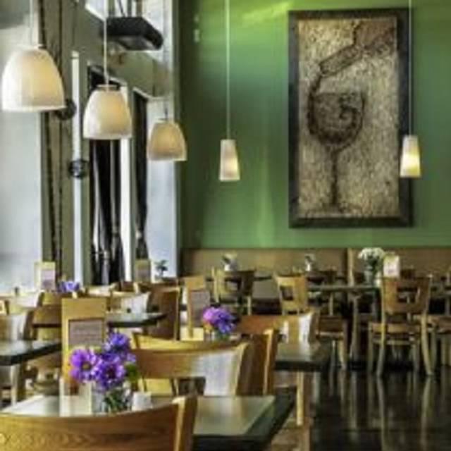 Mendoberri Cafe Wine Bar Mendota Heights Mn