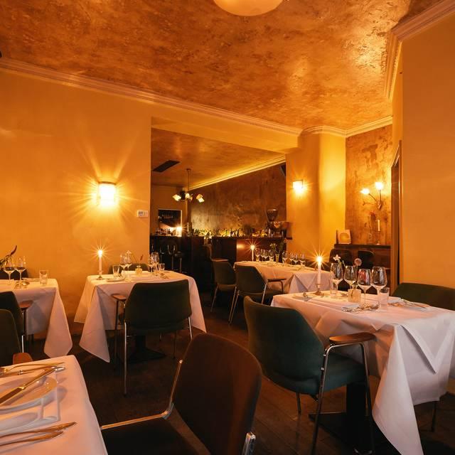 blumen restaurant in der bar frankfurt am main he opentable. Black Bedroom Furniture Sets. Home Design Ideas