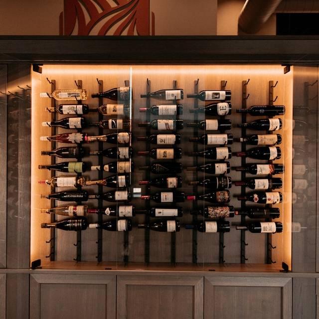 Wine Case - Beacon Hills, Omaha, NE