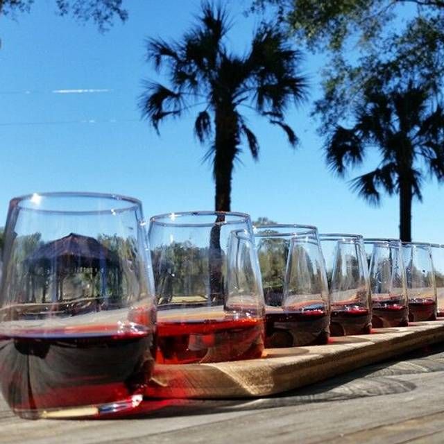 Whispering Oaks Winery >> Whispering Oaks Winery Restaurant Oxford Fl Opentable