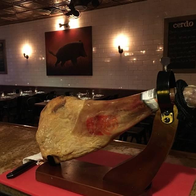 Cerdo, Conshohocken, PA