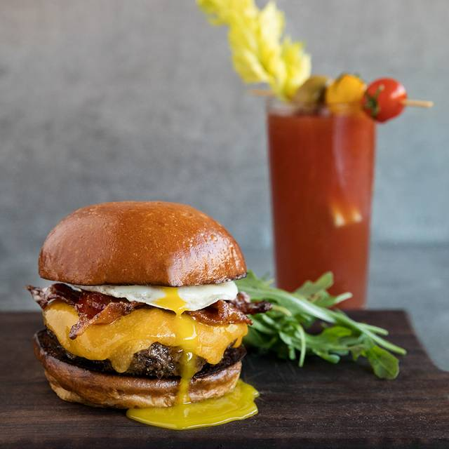 Brunch Breakfast Burger - The Tuck Room Tavern – Los Angeles, Los Angeles, CA