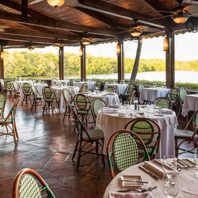 Ristorante Pappagallo Restaurant West Bay Grand Cayman