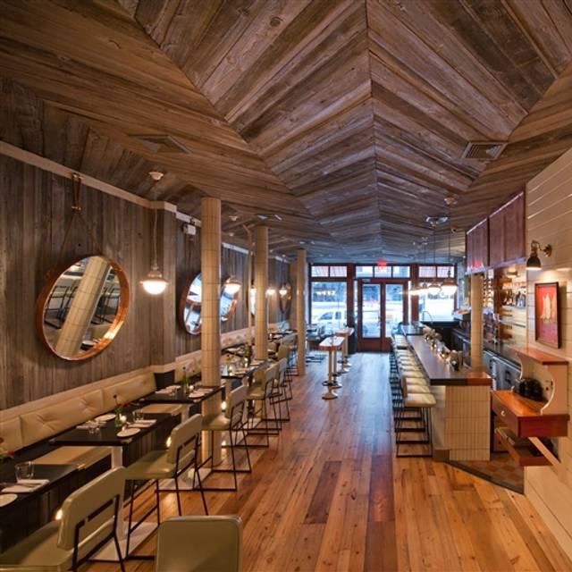 Crave Fishbar Uws Restaurant New York Ny Opentable