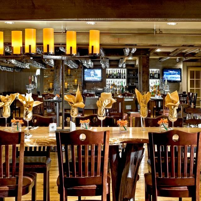 Wolfes Tavern Interior - Wolfe's Tavern, Wolfeboro, NH