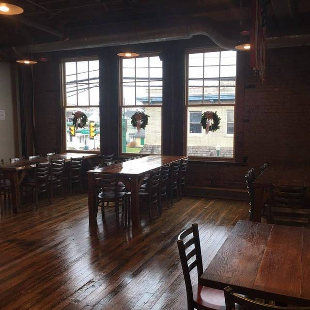 tattered flag brewery and still works restaurant middletown pa
