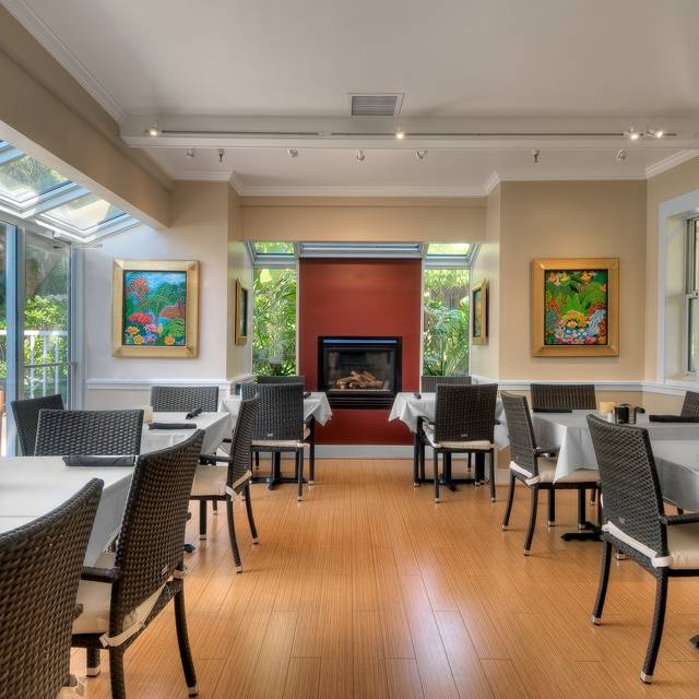 Fireside Semi-Private Room - Dinah's Poolside Restaurant, Palo Alto, CA
