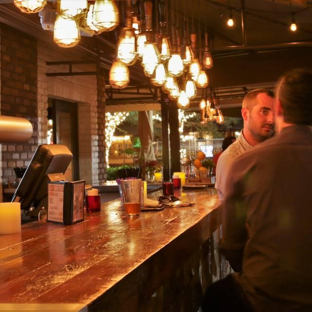 Greenstreet Cafe, Coconut Grove, FL