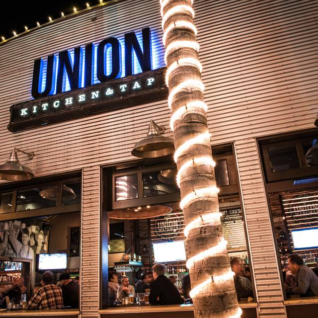 UNION Kitchen & Tap, Encinitas, CA