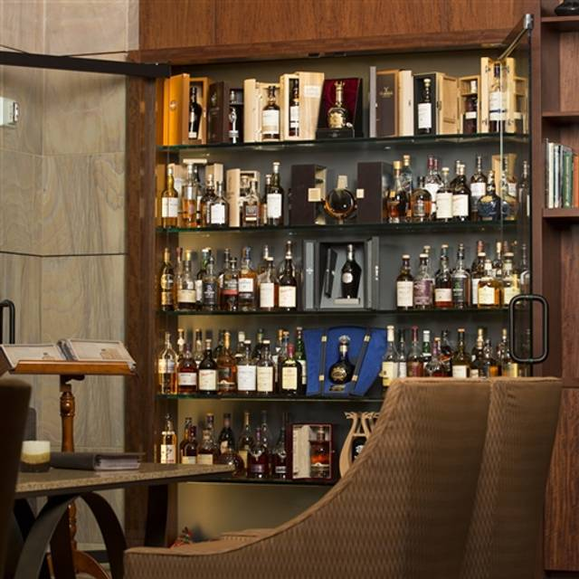 Highlands Ranch Public Library: Scotch Library At Westin Kierland Resort And Spa