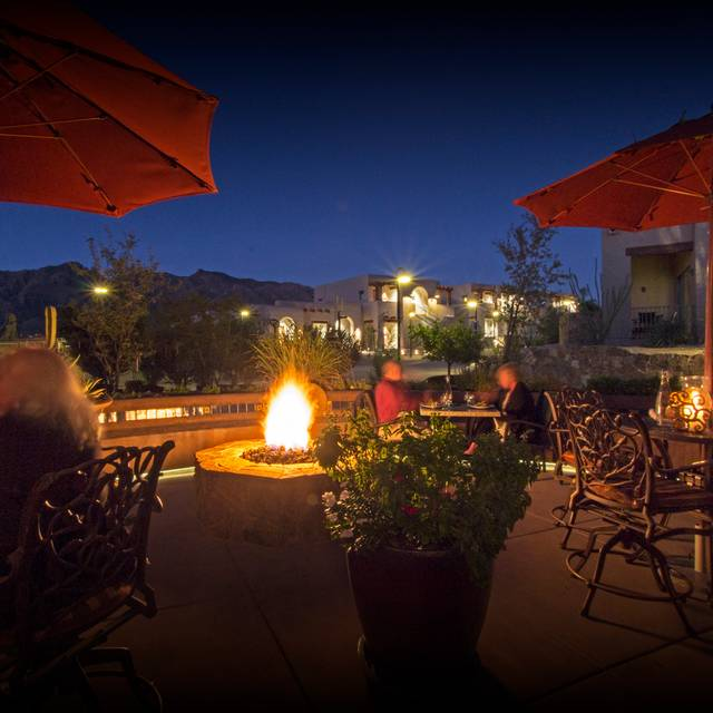 Terraza Garden Patio U0026 Lounge At The Hacienda Del Sol, Tucson, ...