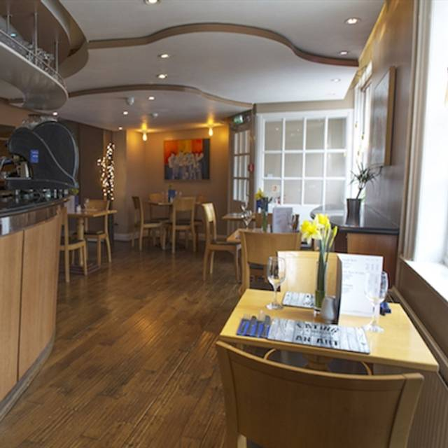 The George Restaurant Bistro At Whipper In Hotel Oakham Rutland