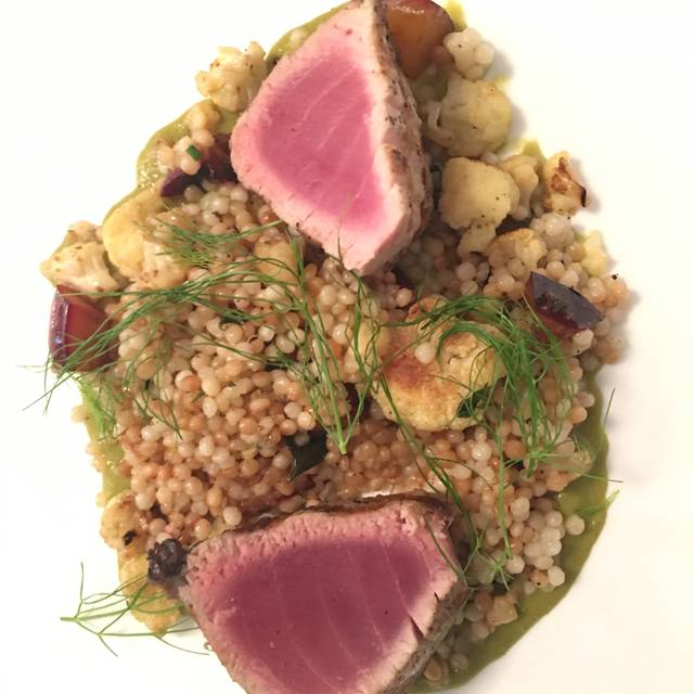 Montauk Tuna - Restaurant North, Armonk, NY