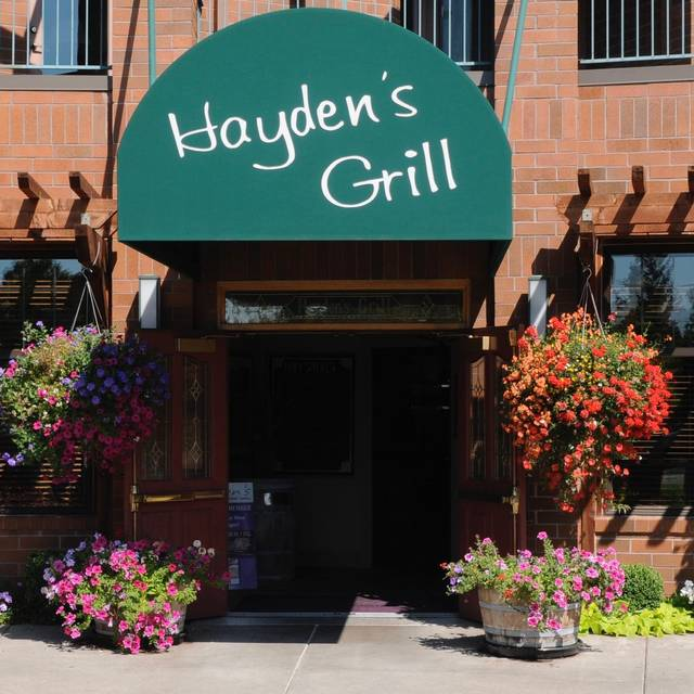 Hayden's Lakefront Grill, Tualatin, OR