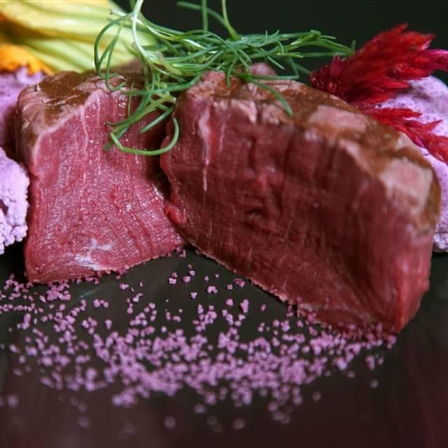 OSETRA Seafood & Steaks, San Diego, CA