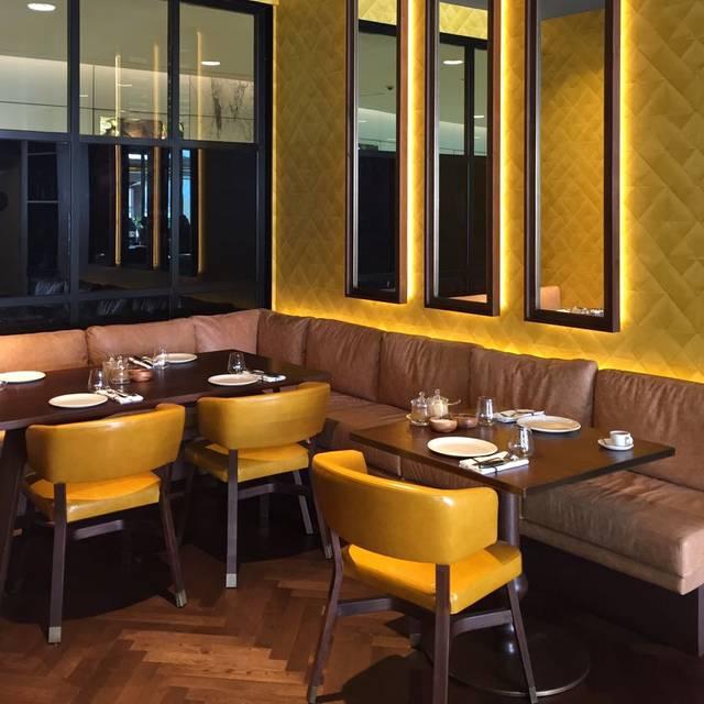 Nusret abu dhabi restaurant abu dhabi abu dhabi opentable for Ristorante cipriani abu dhabi