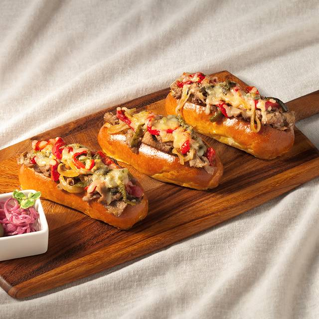 Phoenix Sliders - Brittlebush Bar & Grill at The Westin Kierland Resort, Scottsdale, AZ