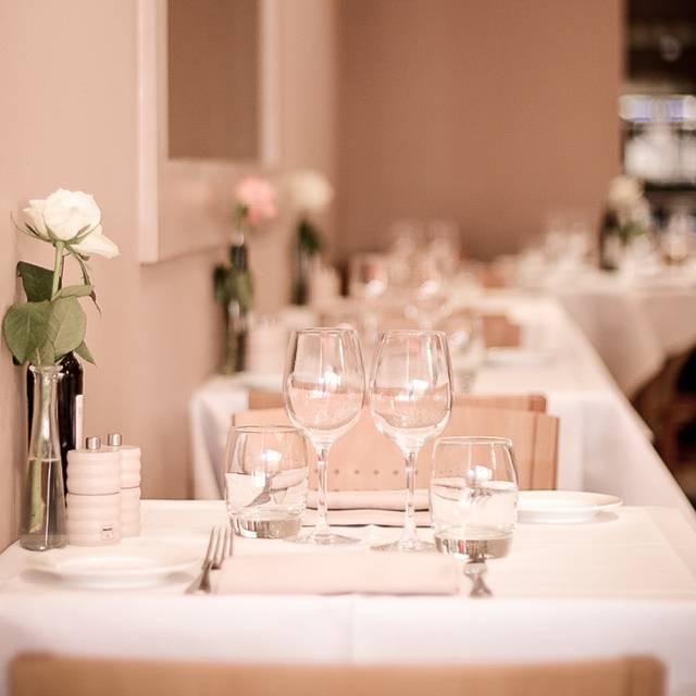 Pellicano Restaurant, London