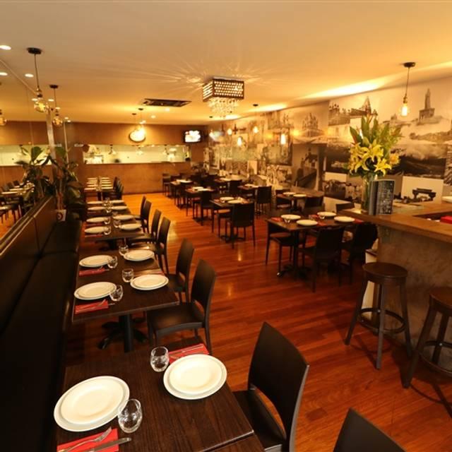 The Colonial British Indian Restaurant Darlinghurst Darlinghurst Nsw