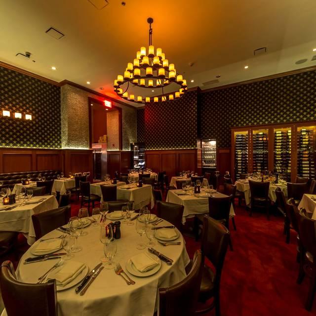 Dining Room - Royal 35 Steakhouse, New York, NY