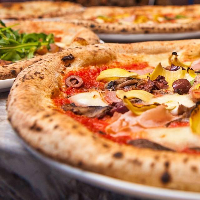 Peppino S Pizza: Peppino's Neapolitan -Syracuse Restaurant