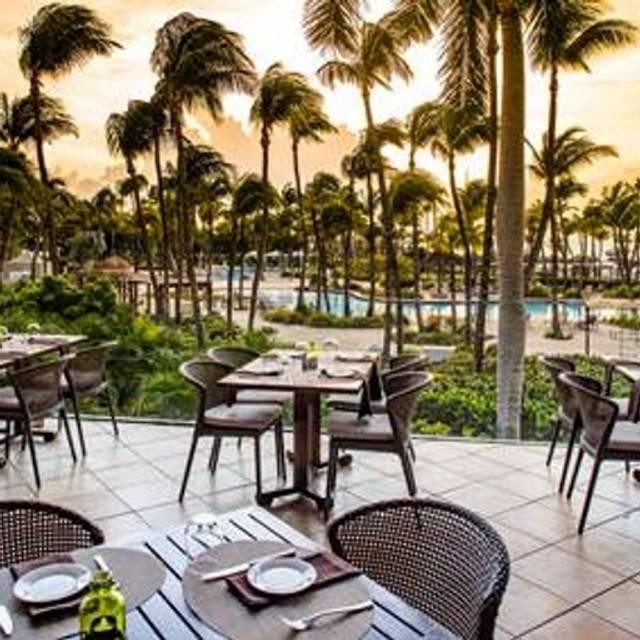 Sunset Grille, Palm Beach, Aruba