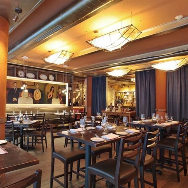 Coco Pazzo Café, Chicago, IL