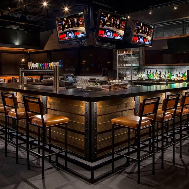 Earls Kitchen Bar Shepard Flats Calgary Calgary