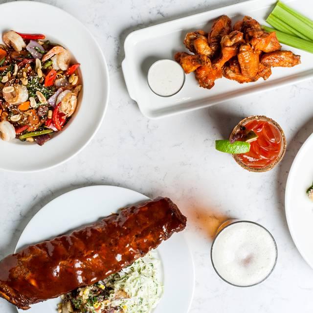 Ribs, Hunan, Wings, Caesar, Beer, Caesar - Earls Kitchen + Bar - Robson - Vancouver, Vancouver, BC