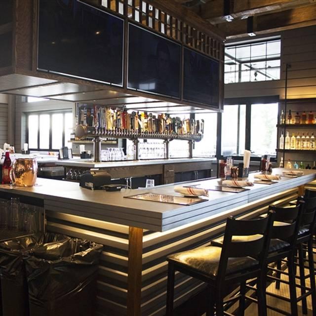 Tavern In The Square Littleton Restaurant Ma