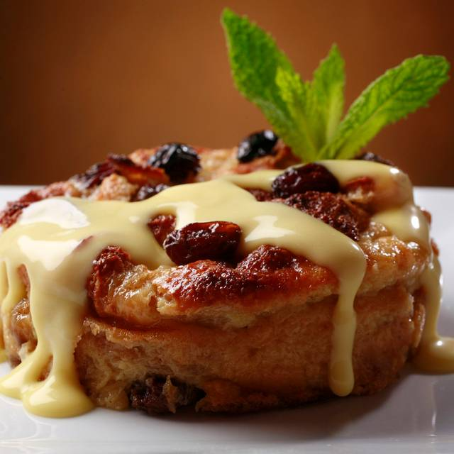 Bread Pudding - Ruth's Chris Steak House – Toronto Airport, Toronto, ON