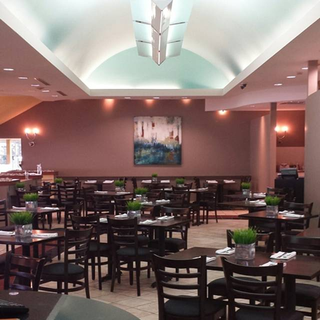 Pavilion Restaurant & Bar at Flamboro Downs, Hamilton, ON